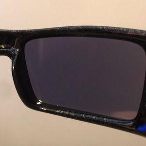 7bc40c19126 Oakley accessories rare gascan sunglasses with carbon case poshmark jpg  300x300 Carbon fiber oakley gascan